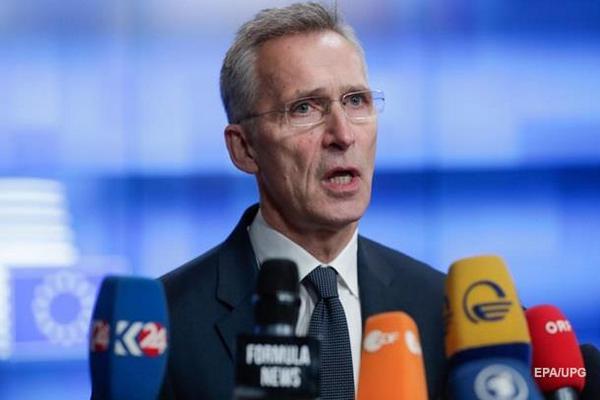 НАТО поддержало версию попадания ракеты в лайнер
