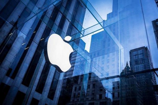 Apple закрыла все офисы и магазины в Китае