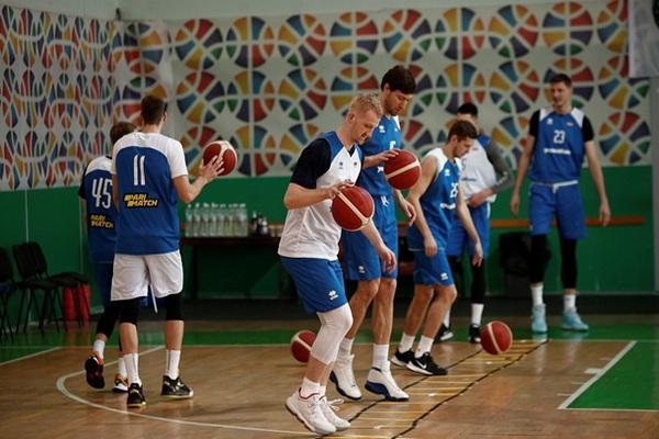 Сборная Украины по баскетболу летом проведет тренировочный сбор
