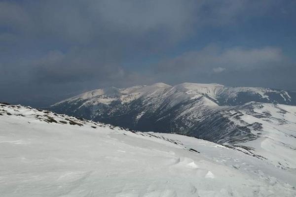 В Карпатах выпало полметра снега