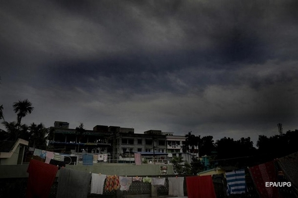 В Индии и Бангладеш эвакуируют два миллиона человек из-за циклона