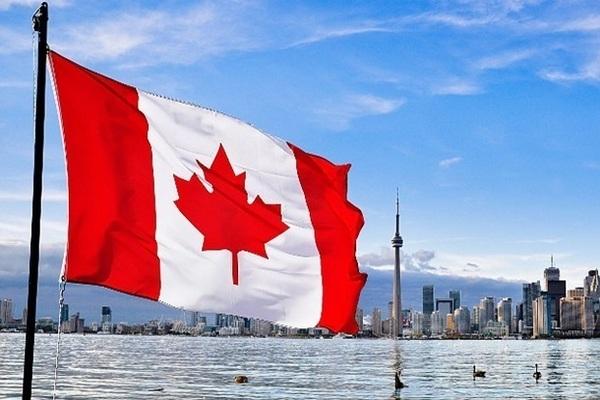 Канадцев обязали вернуть выплаченные им из-за пандемии пособия