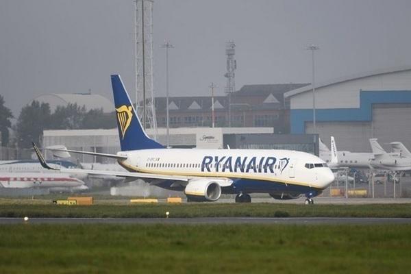 Ryanair возобновила полеты в Украину