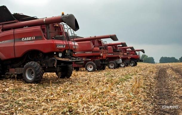 В Украине начался сбор урожая