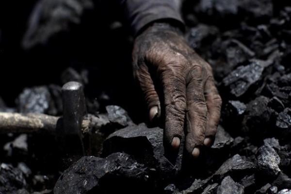 Кабмин работает над пилотным проектом закрытия шахт