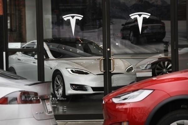 Tesla установила рекорд по росту рыночной стоимости