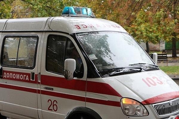В Марьинке произошел взрыв во дворе жилого дома — СМИ