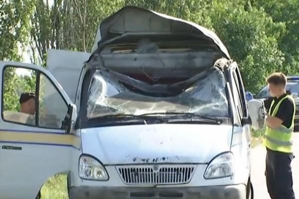Подрыв авто Укрпочты: задержаны трое подозреваемых