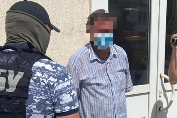 Киевского чиновника задержали на взятке 200 тыс грн