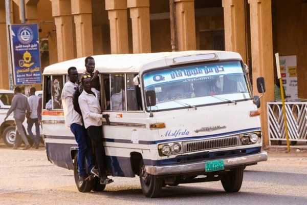 Автокатастрофа в Судане: 13 погибших, полсотни пострадавших