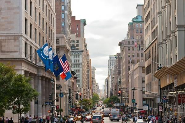 Жители Нью-Йорка лишились $336 млрд