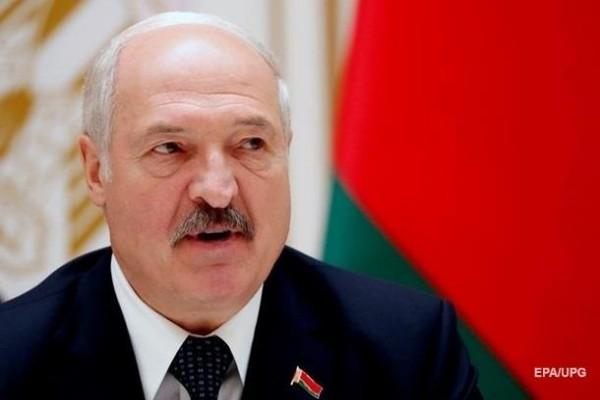 Лукашенко говорит, что интернет в Беларуси блокируют «из-за границы»
