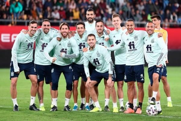 Сборная Испании объявила состав на матчи с Украиной и Германией