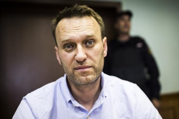 Франция и Германия предложили помощь с лечением Навального
