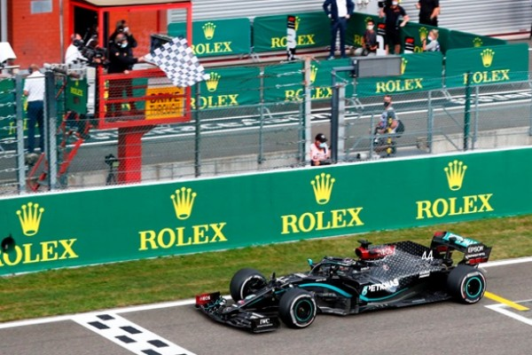 Хэмилтон без сложностей выиграл Гран-при Бельгии