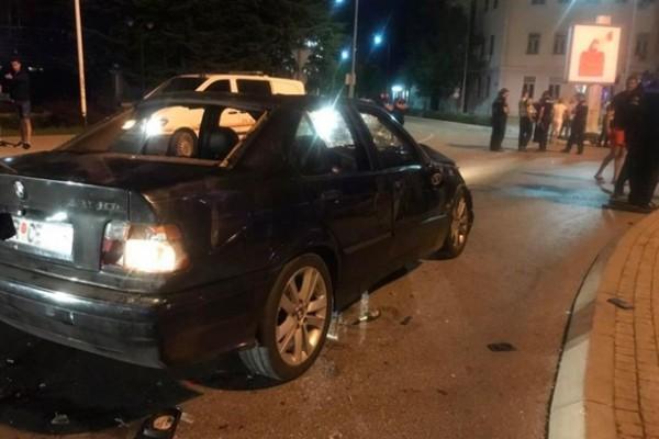 В Черногории автомобиль въехал в толпу людей — СМИ