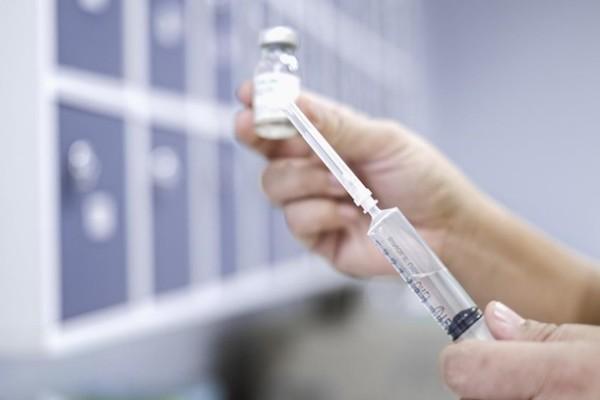 В Австралии начали на людях испытывать вакцину от COVID-19