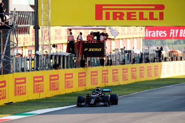 Хэмилтон выиграл Гран-при Тосканы, до финиша добралось 12 пилотов