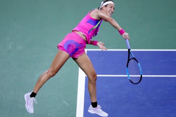 Определилась соперница Свитолиной по полуфиналу в Страсбурге