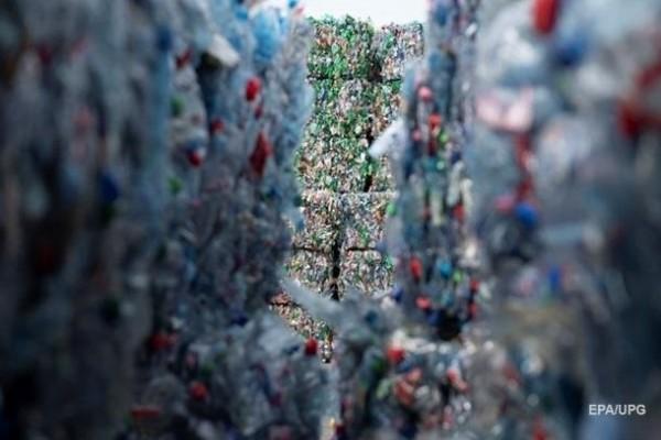Создан расщепляющий пластик «коктейль ферментов»