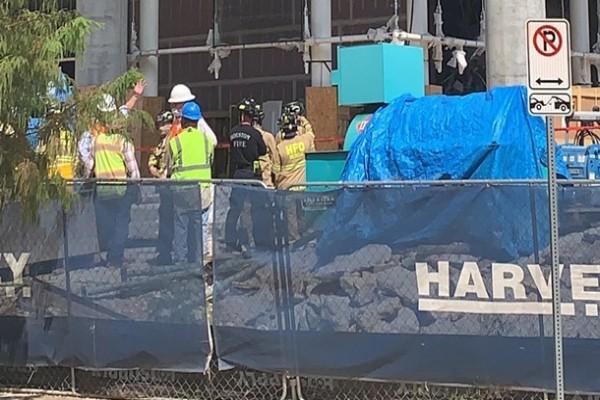 В высотном доме в США обрушилась лестница, трое погибших