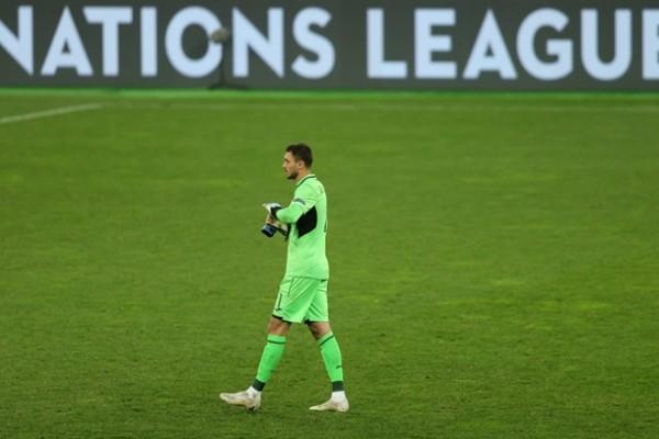 Бущан — лучший игрок матча Украина — Испания по версии WhoScored
