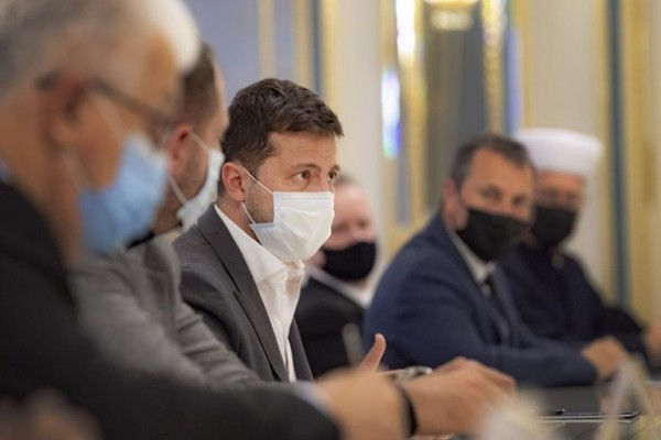 Зеленский пригласил в ТКГ представителей церквей