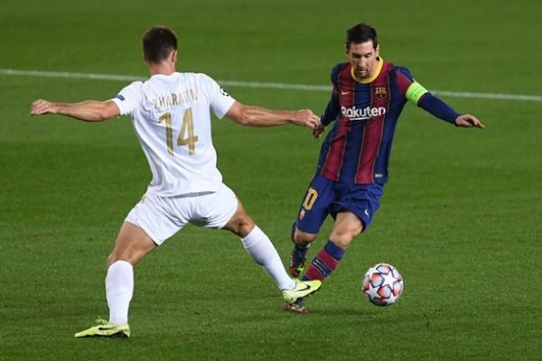 Харатин забил пенальти в ворота Барселоны