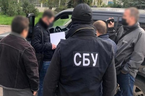 Группировка нелегально ввозила мигрантов из Азии в Украину — СБУ