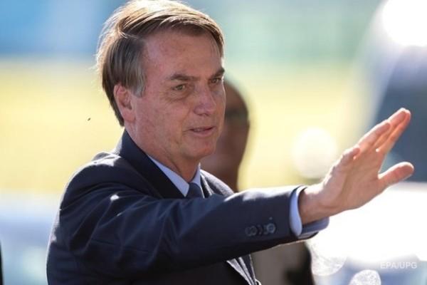 Бразилия отказалась от китайской вакцины против COVID
