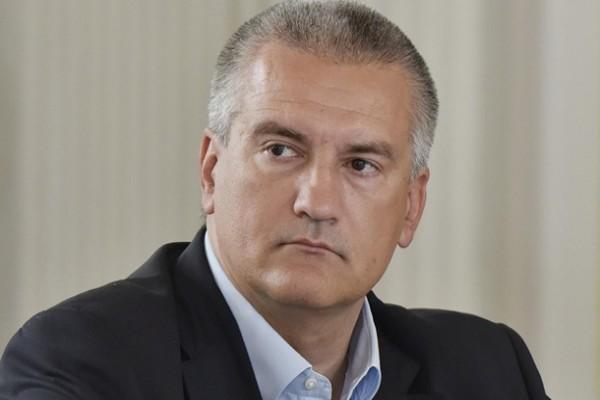 Аксенов ответил на слухи о своей отставке