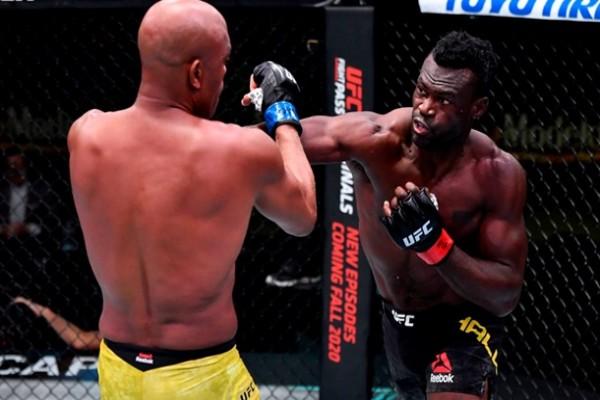 UFC Fight Night 181: Холл нокаутировал Сильву и другие результаты вечера