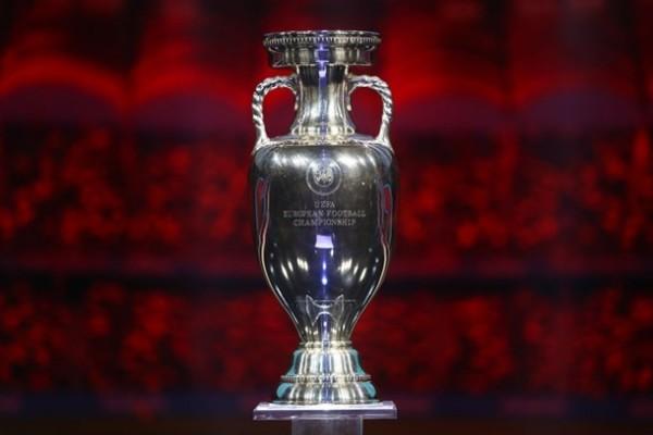УЕФА рассматривает вариант проведения Евро-2020 в России