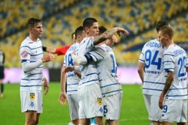 Динамо пройдет повторное тестирование на COVID-19 перед игрой с Барселоной