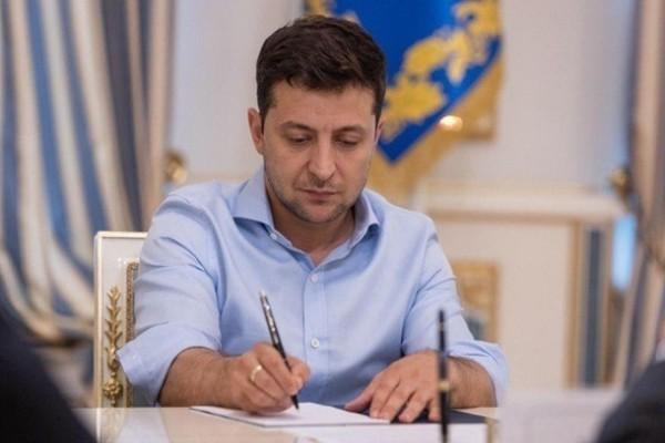 Зеленский упразднил должность первого замглавы ОП