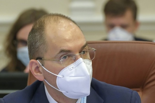 Степанов объяснил, почему у Украины с COVID лучше, чем у Польши