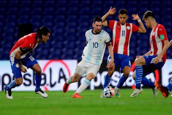VAR отменил гол Месси, и Аргентина не смогла переиграть Парагвай