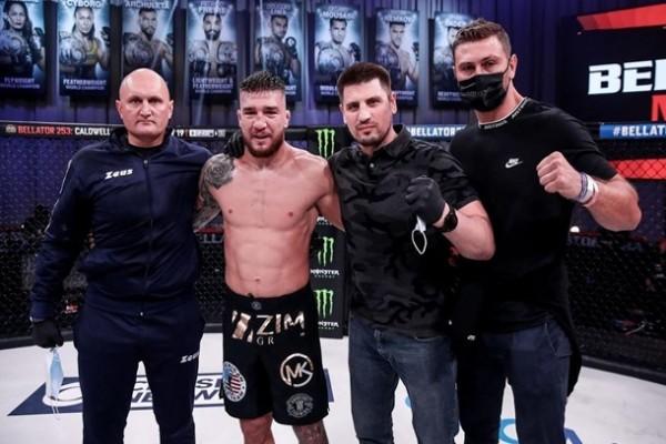 Украинец Амосов одержал 25-ю победу в карьере