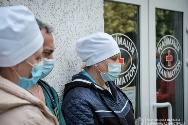 В Украине снова упал прирост случаев COVID-19