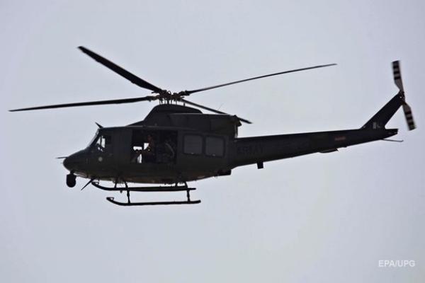 В Пакистане четыре человека погибли при крушении военного вертолета