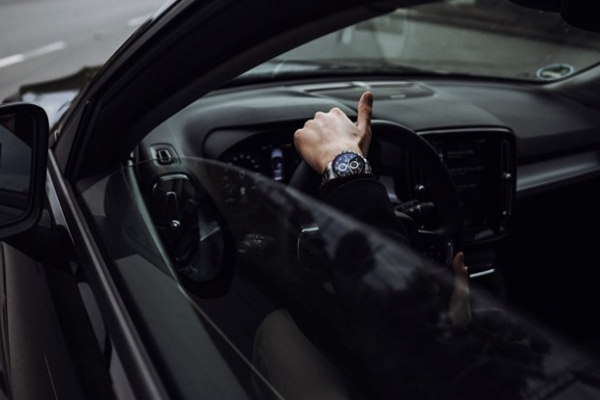 В декабре украинцы рекордными темпами скупали автомобили