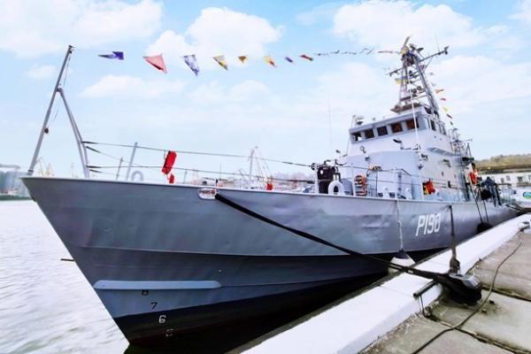Украина уже к июню получит от США катера Island — командующий ВМС