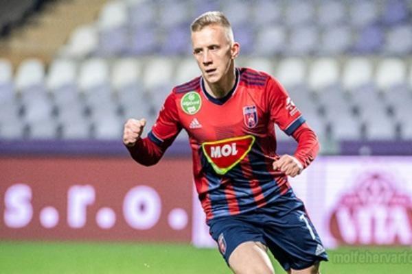 Петряк забил гол и сделал ассист в матче с Уйпештом