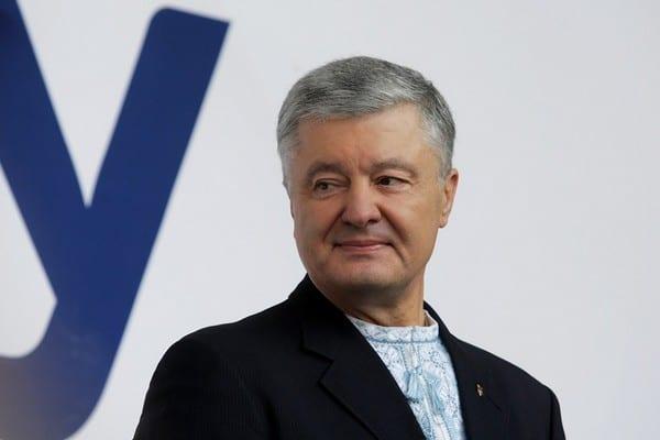 Порошенко стал официальным владельцем телеканала «Прямой»