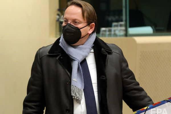 Еврокомиссар от Венгрии требовал закрыть «Миротворец» во время заседания Совета ассоциации