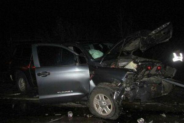 В Запорожской области столкнулись два автомобиля, несколько человек погибли на месте