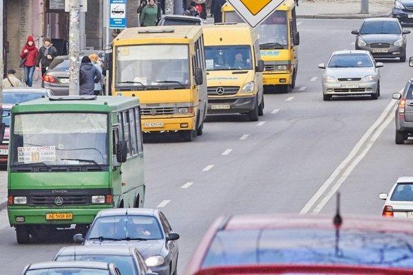 В Украине вводят единый электронный билет для всего транспорта