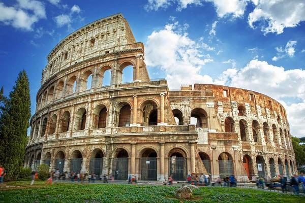 Италия ужесточает карантин в некоторых регионах