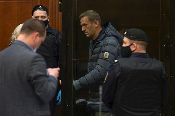 Навальный получил реальный срок — видео
