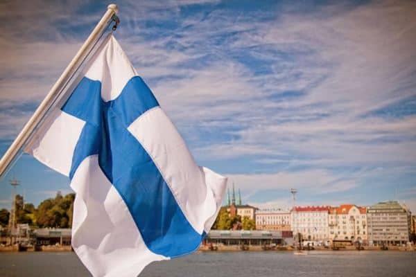 Финляндия вводит на границе обязательный медицинский контроль